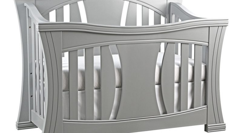 Find the Baby Crib and Changing Table Set You Need